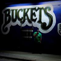 BUCKETS Bar